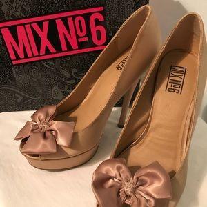Mix No6 size 7.5 muse shoes
